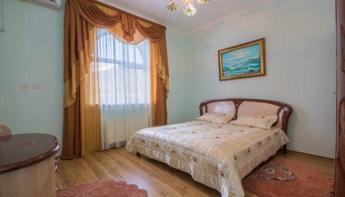 Снять комнату в Судаке недорого гостевой дом Эсвет в Судаке