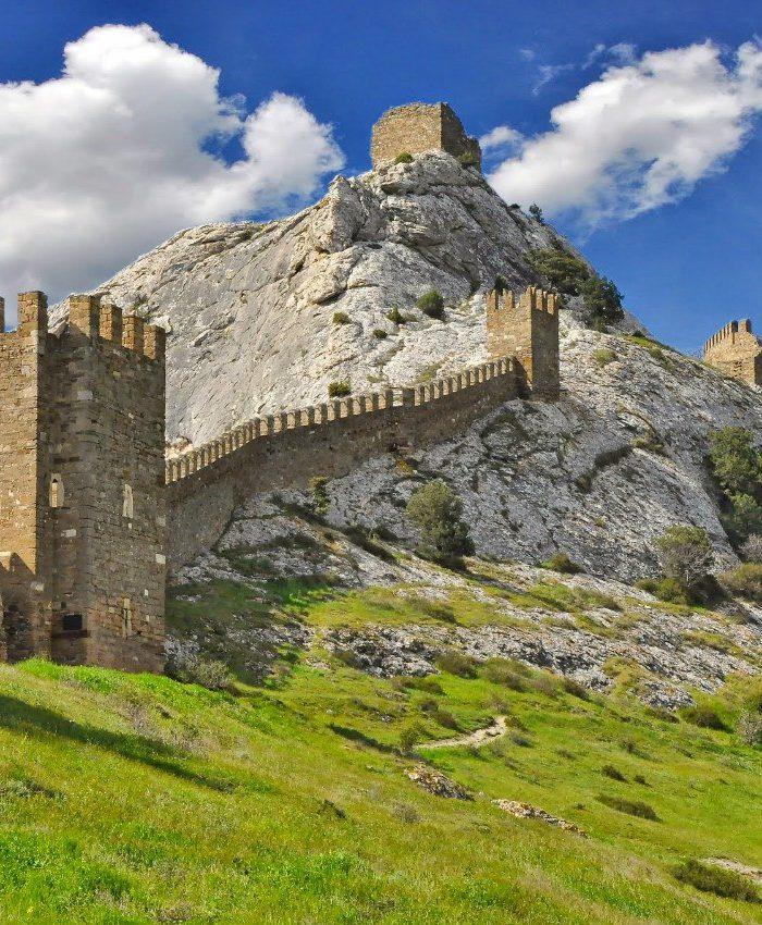 генуэзская крепость в Судак Новый Свет